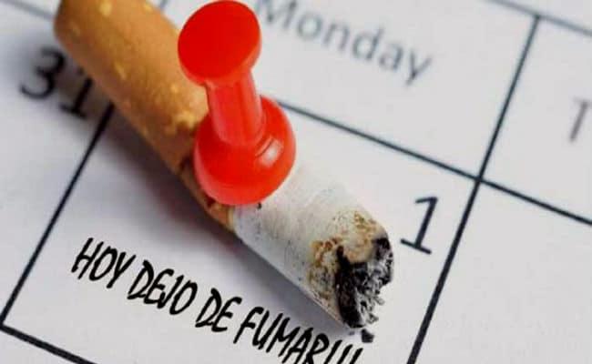 Calendario con cigarro y fecha