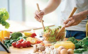 Ensalada con productos orgánicos